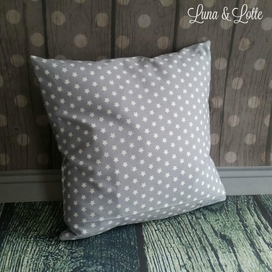 stern kissen mit wunschname hellblau grau emilias. Black Bedroom Furniture Sets. Home Design Ideas